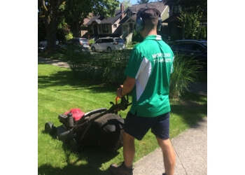 Vancouver lawn care service MOWOLOGY LTD