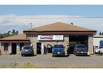 3 best auto body shops in thunder bay on threebestrated for Best auto body paint shop