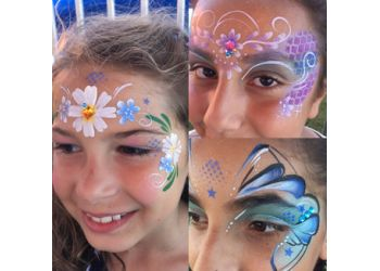Barrie face painting Mabel Moon