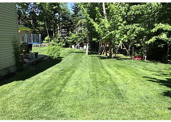 Repentigny lawn care service MaitreVert. inc