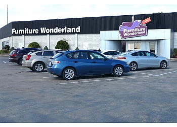 Kitchener furniture store Marten's Furniture Wonderland