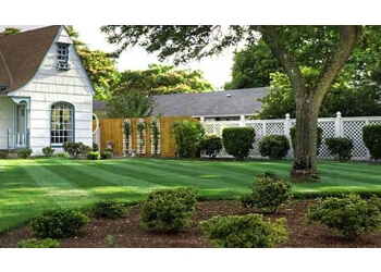 Halton Hills lawn care service Martins 4 Seasons Landscaping and Maintenance
