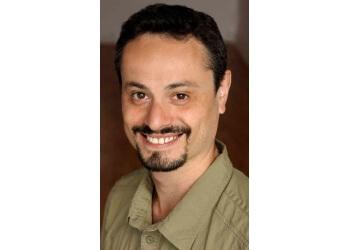 Toronto osteopath Matvey Kipershtein, DO, RMT