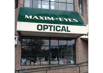 Langley optician Maxim-Eyes Optical