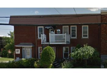 Shawinigan divorce lawyer Me Nathalie Newberry Lawyer