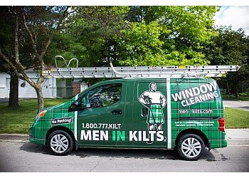 London window cleaner Men In Kilts