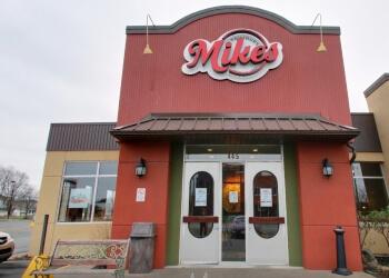 Drummondville italian restaurant Mikes Restaurant