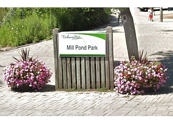 Richmond Hill public park Mill Pond Park