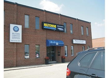 Milton auto body shop Miltowne Collision Inc.