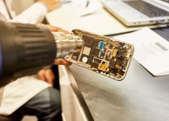 Repair Unit Phones