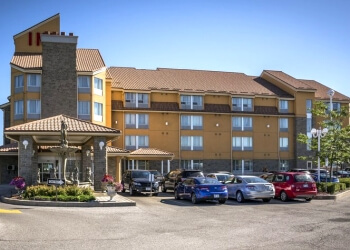 Barrie hotel Monte Carlo Inns