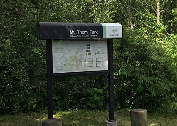 Chilliwack hiking trail Mt Thom Park Trail