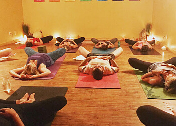 Huntsville yoga studio Muskoka Hot Yoga