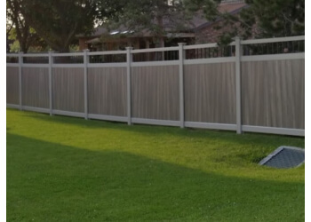 Sault Ste Marie fencing contractor NORTHERN FENCING