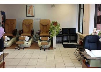 Victoria nail salon Nail Tekniqs