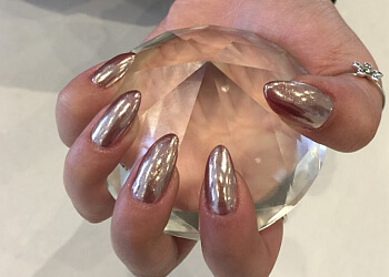 Stouffville nail salon Nails 1010 & Spa