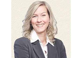 Quebec financial service Nancy Dubreuil