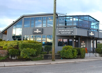 North Vancouver sports bar Narrows Public House