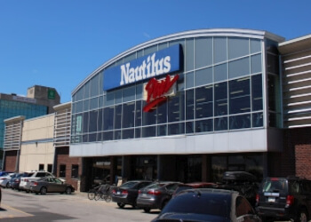 Brossard gym Nautilus Plus