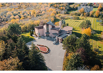 Newton Villa