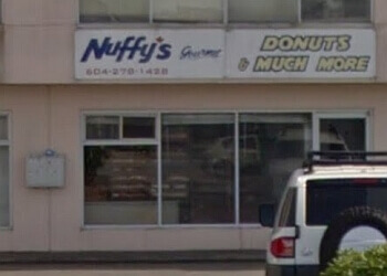 Richmond bagel shop Nuffys Donuts