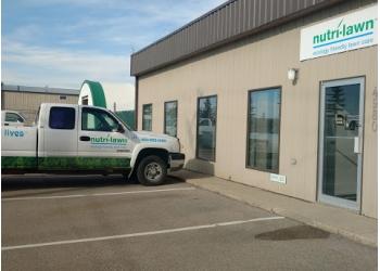 Calgary lawn care service Nutri-Lawn