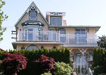 Ocean Breeze North Vancouver Bed And Breakfast