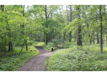 Windsor hiking trail Ojibway Prairie Provincial Nature Reserve