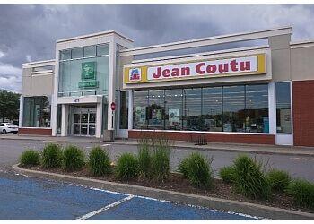 Levis pharmacy PJC Jean Coutu