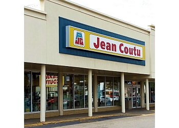 Trois Rivieres pharmacy PJC Jean Coutu