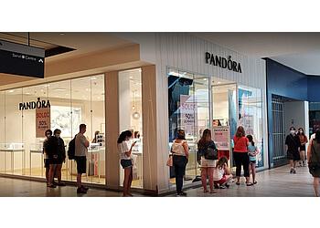 Dollard des Ormeaux jewelry Pandora