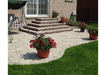Oshawa landscaping company Paradise Home Landscaping