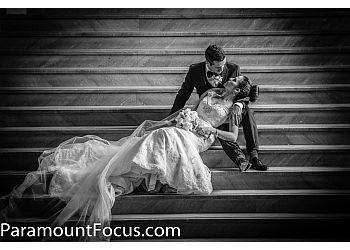 Oakville wedding photographer Paramount Focus Photography