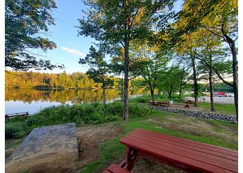 Gatineau hiking trail Parc du Lac-Beauchamp