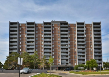 Oshawa apartments for rent Park Towers