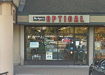 North Vancouver optician Parkgate Optical