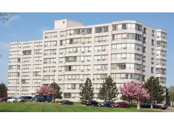 Welland apartments for rent Parkway Village