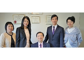 Richmond immigration lawyer Peter Li & Company