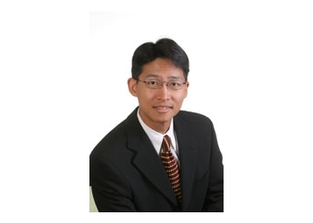 New Westminster real estate lawyer Peter Yi