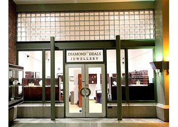 Phera Diamonds Vancouver Jewelry