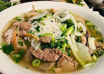 Montreal vietnamese restaurant Pho Tay Ho