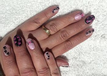 Halton Hills nail salon Pink Nails & Beauty