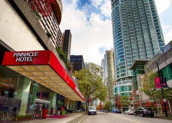 Vancouver hotel Pinnacle Hotel Harbourfront