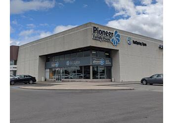 Vaughan pool service Pioneer Family Pools