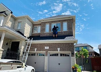 Vaughan gutter cleaner Prestige Maintenance Crew