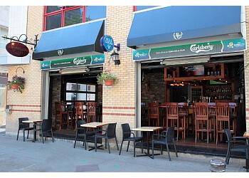 Quebec sports bar Pub du Parvis