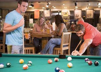 Puck 'N Pint Sports Pub