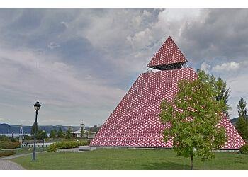 Pyramide Des Ha! Ha!