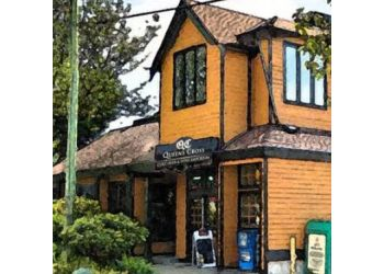 North Vancouver sports bar Queens Cross Pub