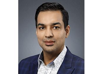 Calgary avocats spécialisés en immigration Raj Sharma